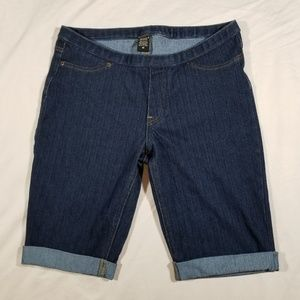 Pants - HUE Jean Bermuda Shorts